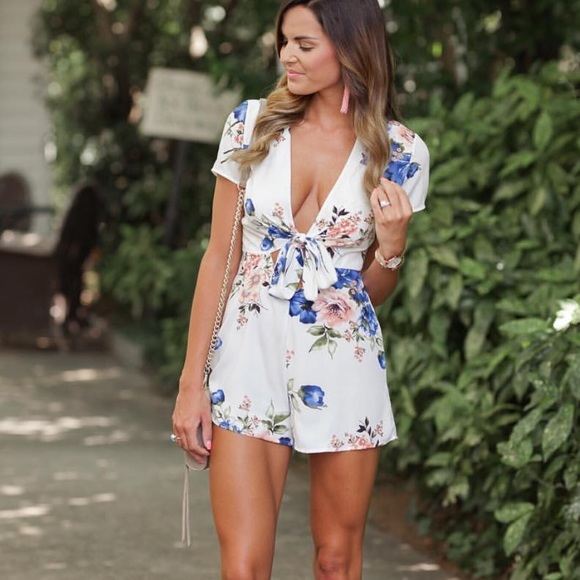 6a622c5f384e Blue Blush Other - Blue Blush Floral Romper!